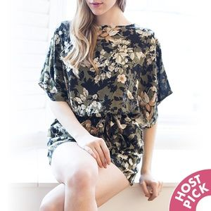 ⚡LAST 1!⚡ Floral Kimono Romper with Pockets NWOT